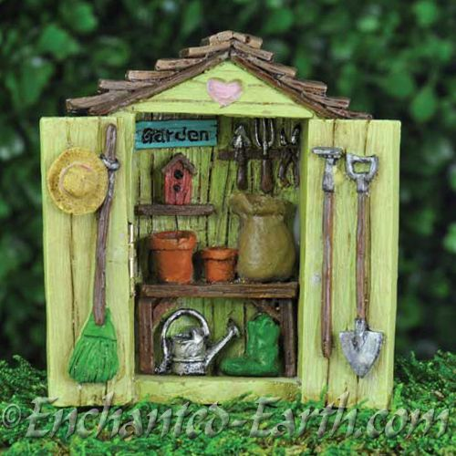 Fiddlehead Miniature Garden Shed With Decorations