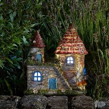 Elfstead - LED  - Solar - LED Colour changing Fairy House.